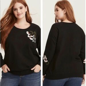 Torrid black embroidered sweater
